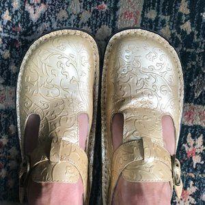 Yellow Alegria Leather Clogs Size 38/8.5